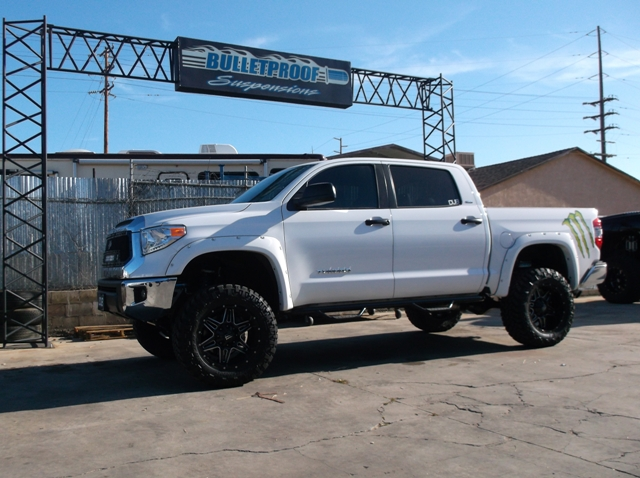 2007 2015 toyota tundra 6 8 inch suspension lift kit
